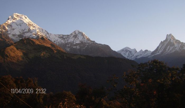 View from Ghandruk Village- 1990m( waiting for sunrise