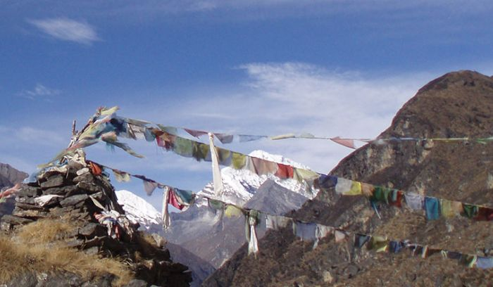 Prayer flags for peace and prosperity- Trek to everest