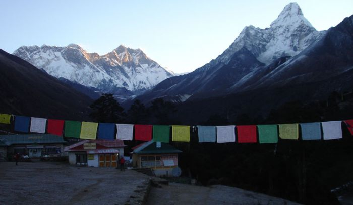 Prayer flags and mountain views from Tengboche monastry