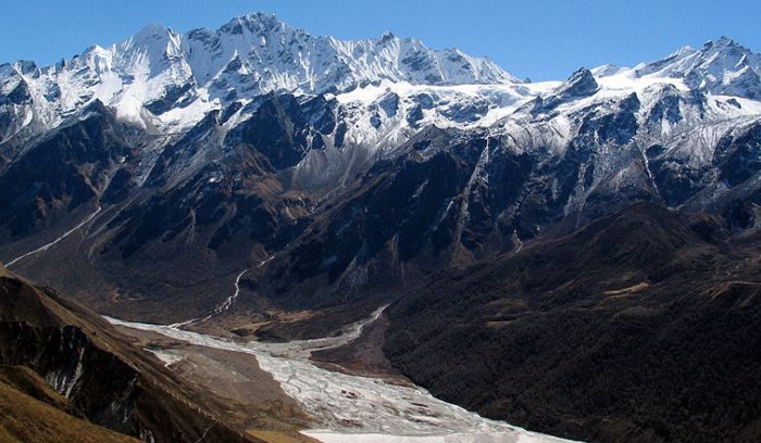 The best mountain ranges view in Langtang trek