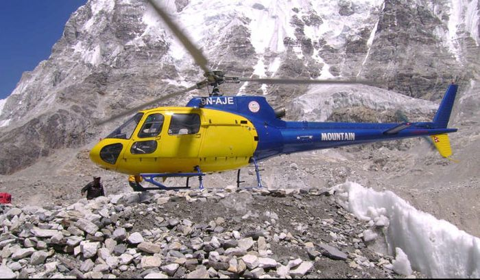 Helicopter trek to Everest base camp
