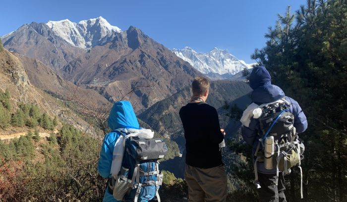 Everest and more mountain views from Kyangjuma, way to Tengboche