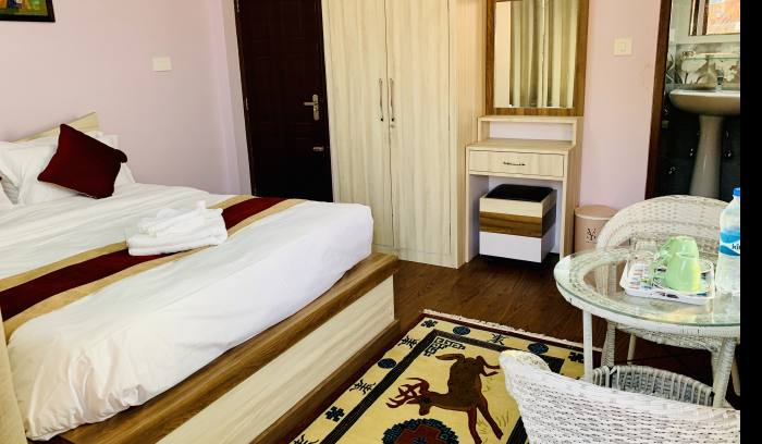 Deluxe double bed room@ sherpa Sweet Home