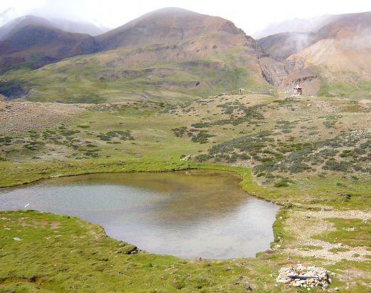 Mustang Dhamodar Lake Trek